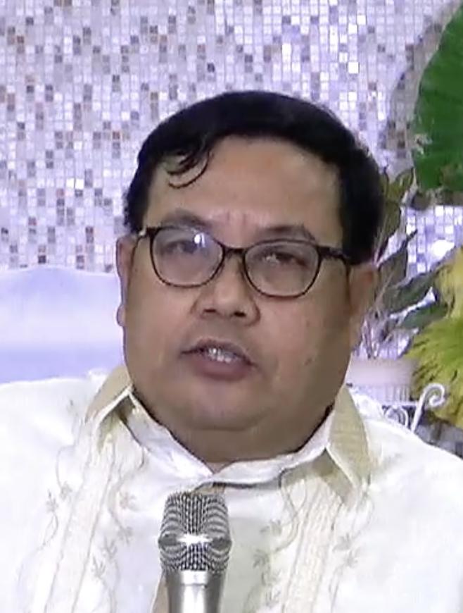 Pastor Edwin Reyes